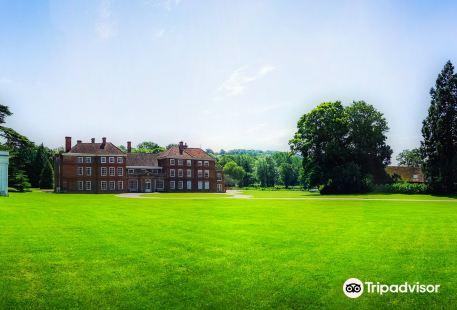 Lullingstone Castle & The World Garden