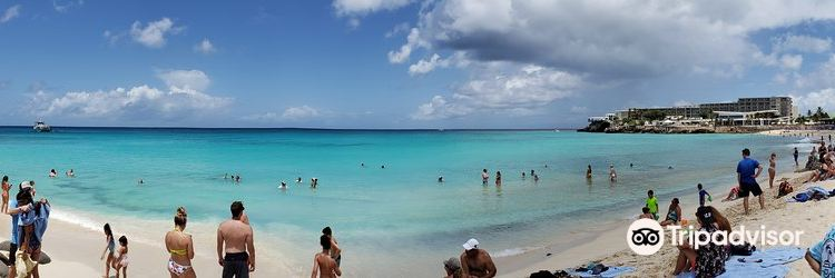 Maho Beach3