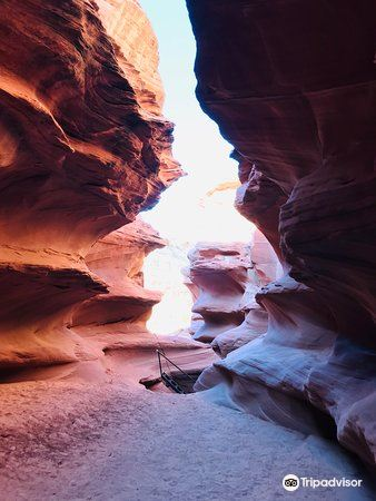 Water Holes Canyon2