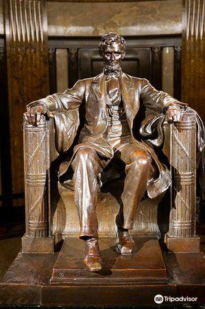 Lincoln Tomb & War Memorials1