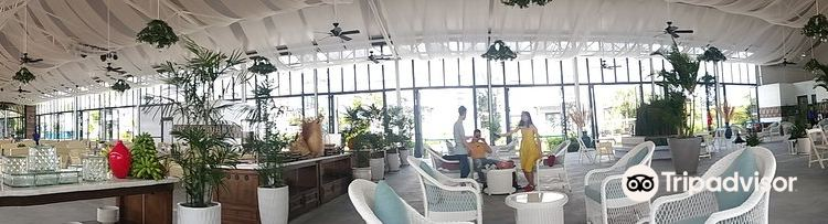Sunset Sanato Beach Club2