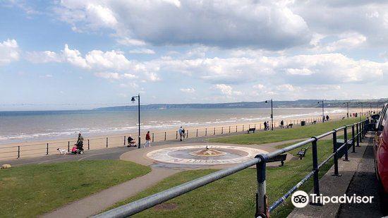 Filey Beach3