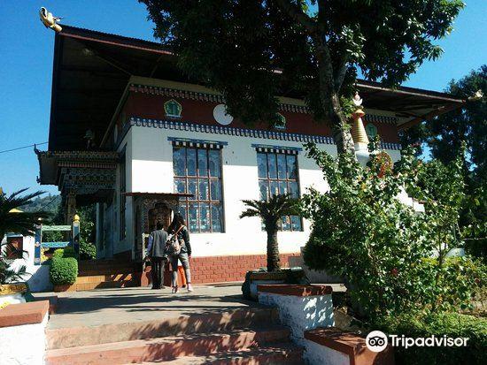 平措林寺4