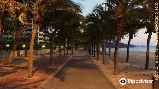Ban Amphur Beach4