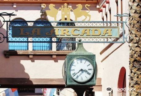 The Historic La Arcada Courtyard