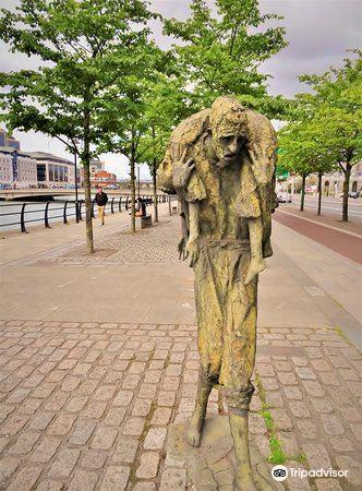 The Famine Sculpture3