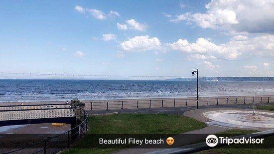 Filey Beach1