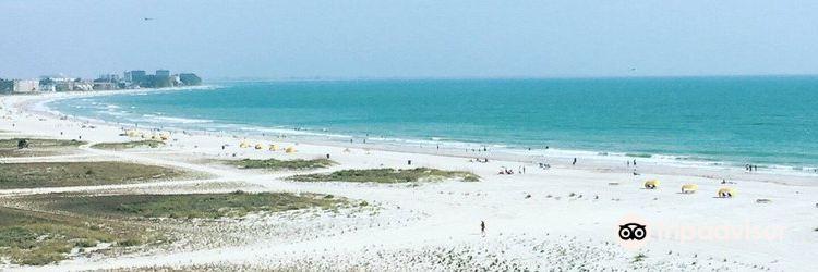 Treasure Island Beach1