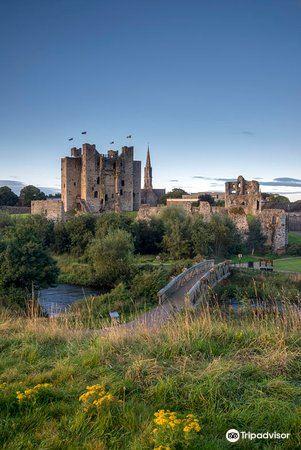 Trim Castle4
