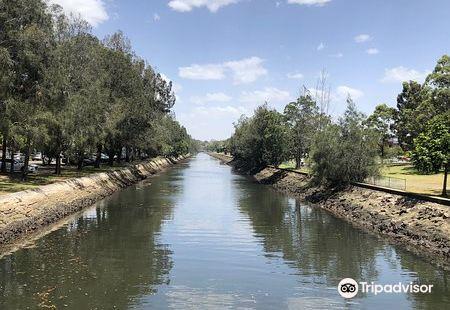 Hawthorne Canal Reserve