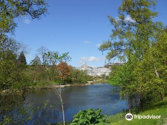 Botanical Gardens (Botanisk Have)3