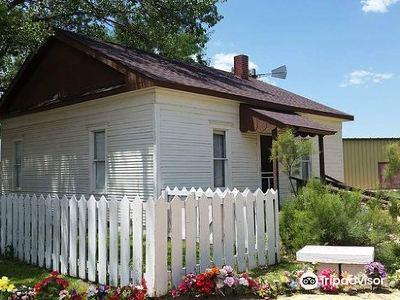 Dorothy's House/Land of Oz