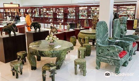 Beijing Dragon Land Superior Jade gallery