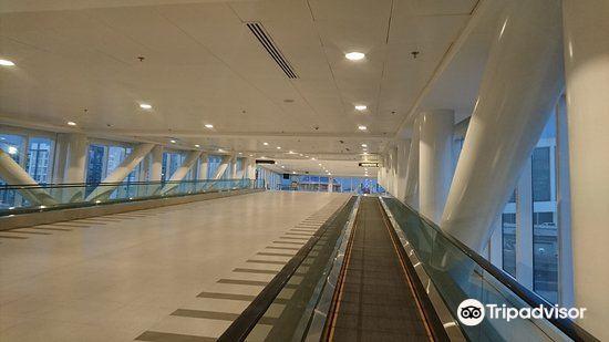 Runway Manila2