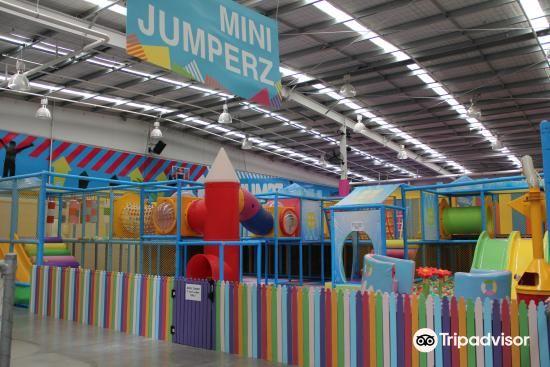 Jumpz Trampoline Park2