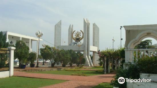 Maziah Palace3