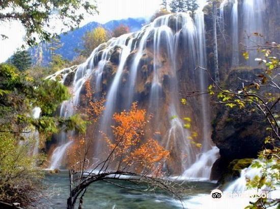 Xiongmaohai Waterfall1