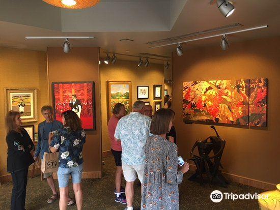 Lahaina Galleries4