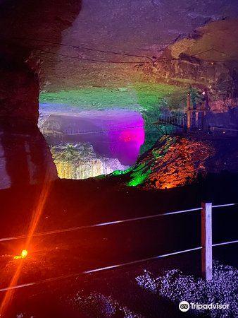 路易士維爾巨洞4