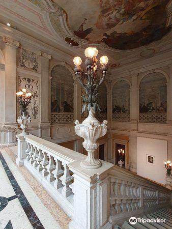 Grassi Palace1