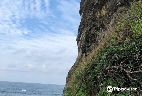 立神島 立神岩