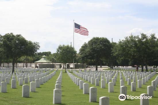 Barrancas National Cemetery4