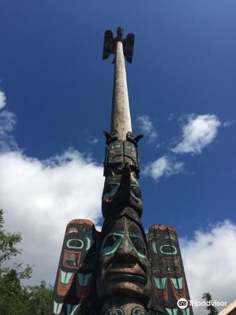 Chief Johnson Totem Pole4