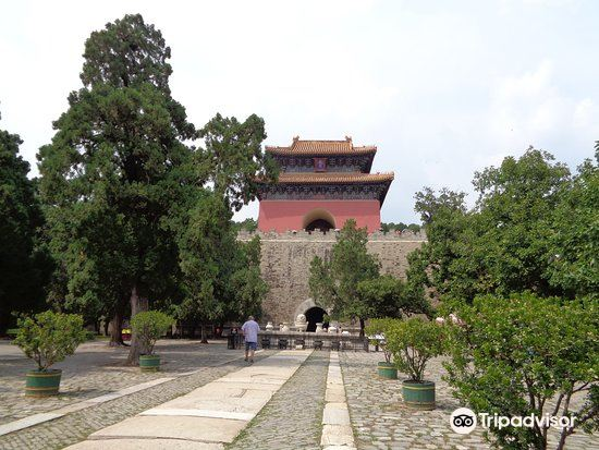 Ming Tombs-Tailing Tomb2