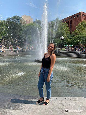 Washington Square Park2