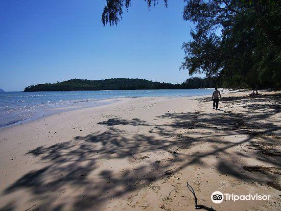 Khlong Son Beach4