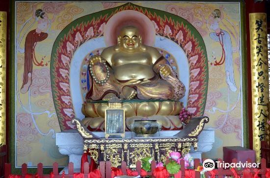 Zhangjiajie Puguang Temple2