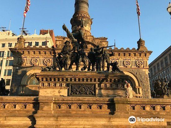 Soldiers' and Sailors' Monument3