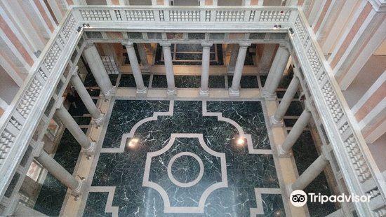 Grassi Palace4