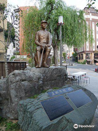 Shiki Masaoka Statue4