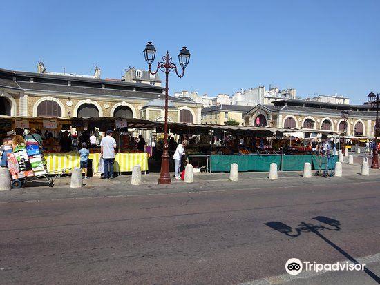 Place du Marché Notre-Dame2