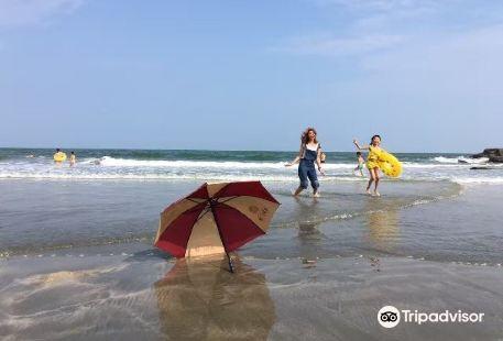 Yanzhou Island Beach