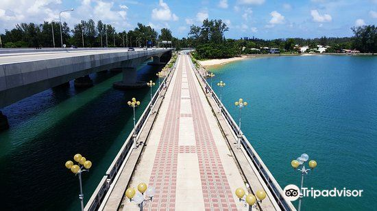 Saphan Sarasin Bridge3