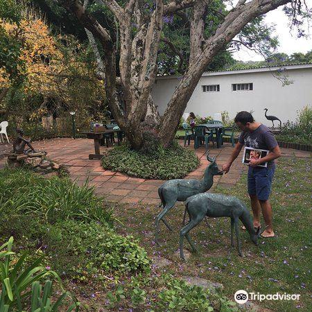 Quin Sculpture Garden3
