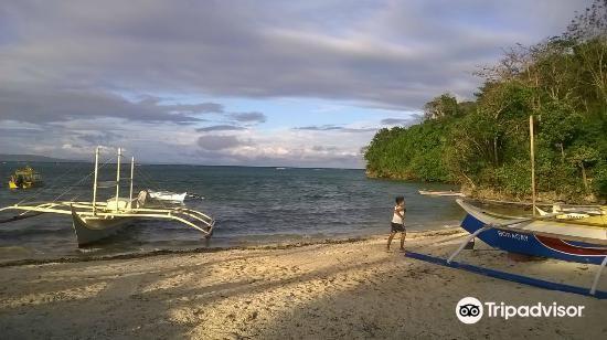 Lugutan Beach2
