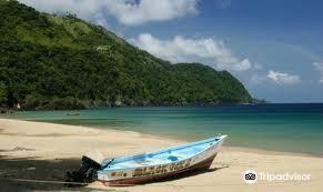 Las Cuevas Beach