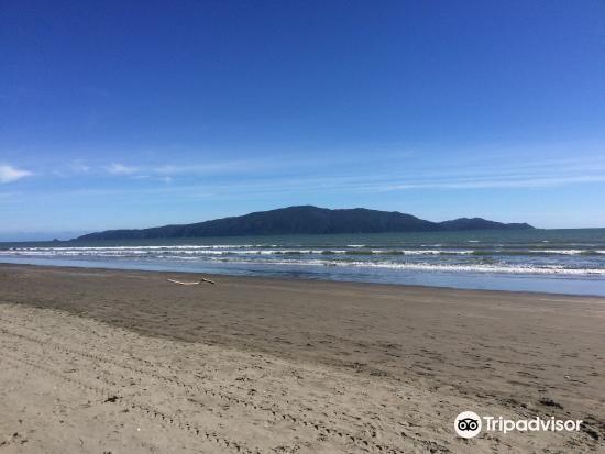 Peka Peka Beach2