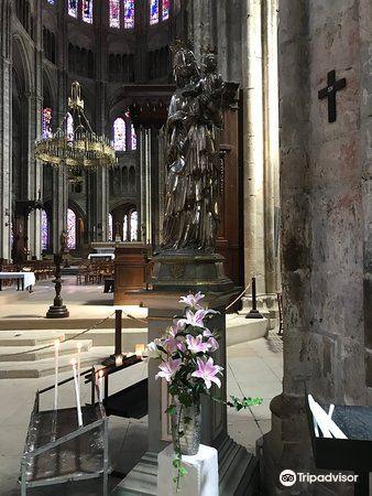 布日大教堂2