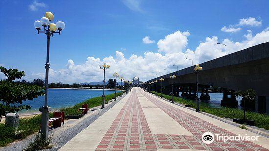 Saphan Sarasin Bridge1