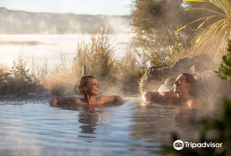 波利尼西亞溫泉浴場