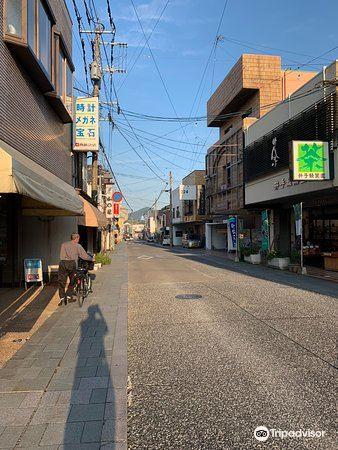 嬉野温泉本通り商店街1