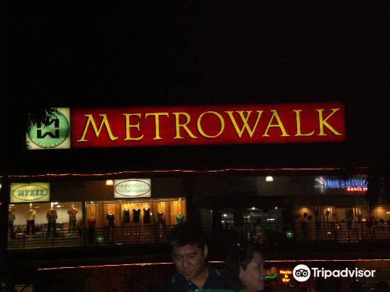 Metrowalk2