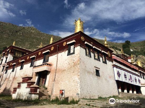 吉如拉康寺
