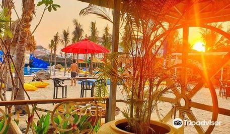 Cambo Beach