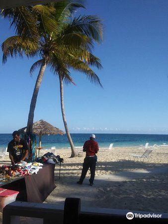 Taino Beach2
