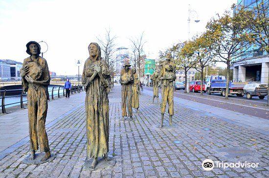 The Famine Sculpture1